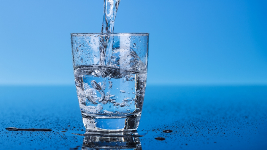 Benefits and advantages of artesian water.